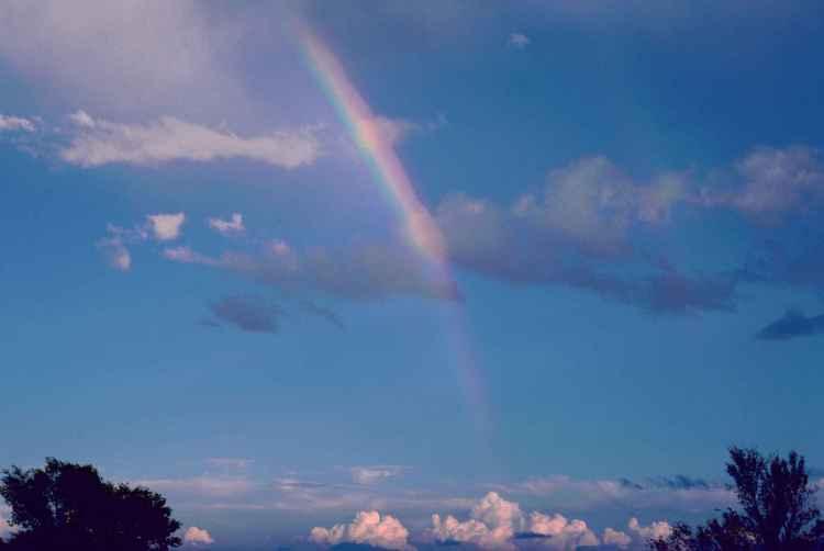 rainbow-scenic-on-sky